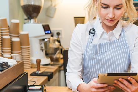 Quiosque ou loja: saiba quais as vantagens e desvantagens de cada modelo de negócio