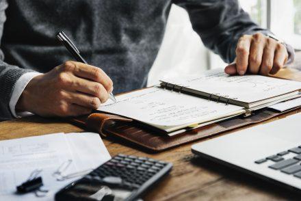Afinal, por que devo fazer uma revisão tributária regularmente?