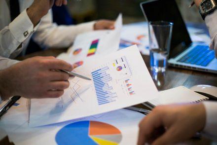 Indicadores financeiros e contábeis de uma empresa: o guia completo